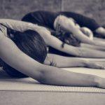 5 postures de base pour améliorer ta Santé