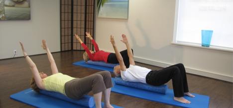 Comment le Pilates aide-t-il la posture et le renforcement des bases