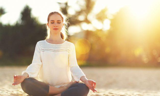 5 postures de yoga faciles pour les débutants